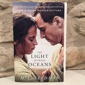 The Light Between Oceans book by M.L. Stedman